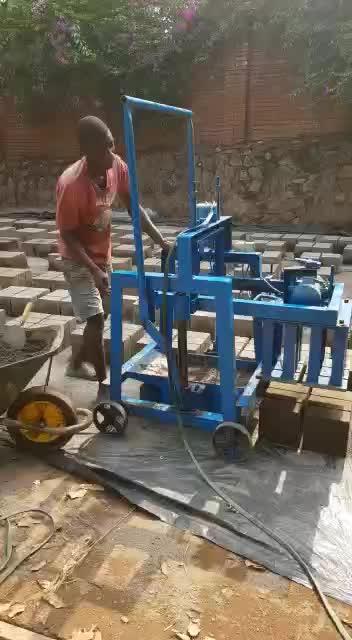 QMY2-40 छोटे पैमाने पर घर उद्योगों मैनुअल कंक्रीट सीमेंट ब्लॉक ईंट बनाने की मशीन के लिए बिक्री में नैरोबी केन्या