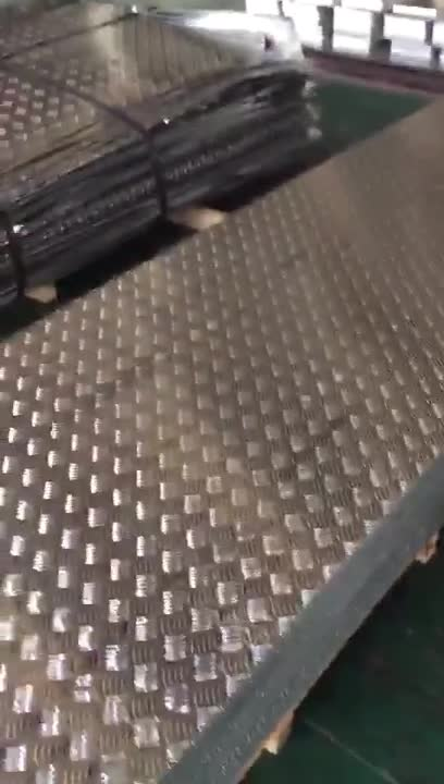 Industrial 3003 3105 thin alloy anodized sheet 6mm roll Aluminum checker plate for wheelchair ramp