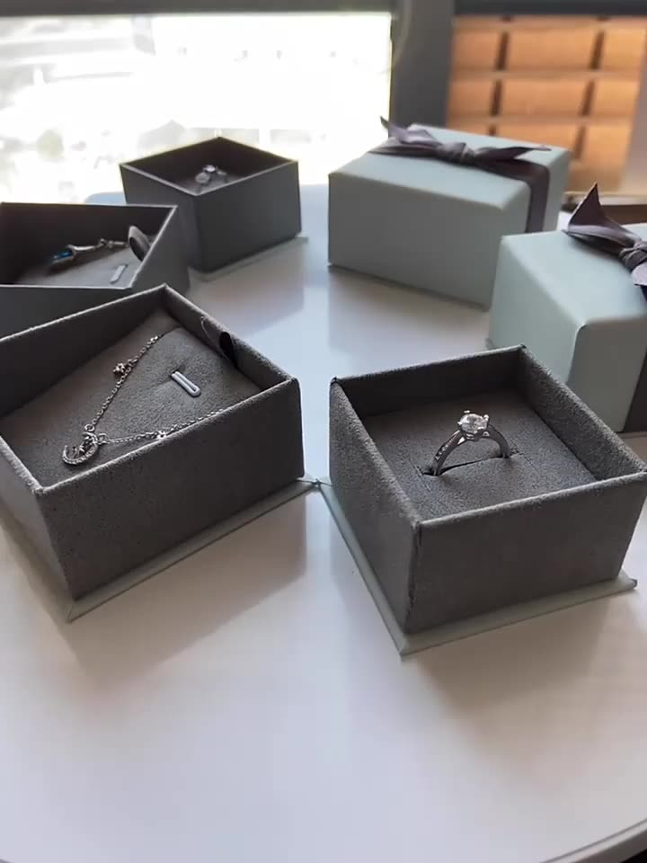 Custom Logo Gift Packaging Jewelry Paper box With Bow