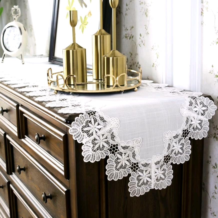 كريم أبيض مربع صغير مفرش مائدة دانتيل حفل زفاف تستخدم مفرش مائدة دانتيل