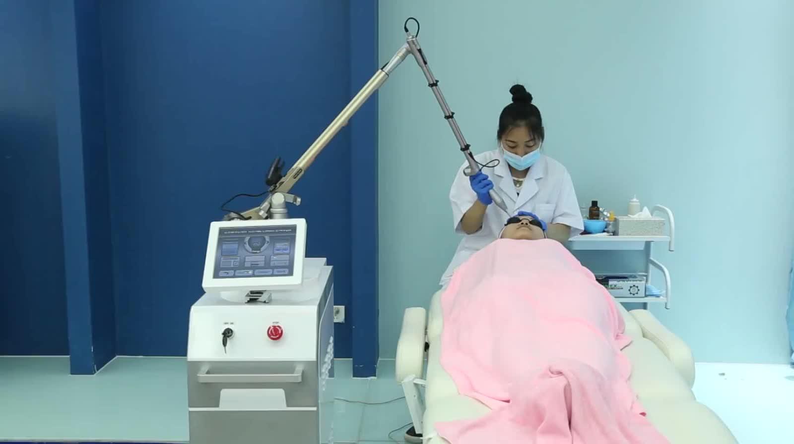 FDA onaylı 1064nm 532nm uzun darbe q anahtarı nd yag lazer dövme kaldırma sistemi