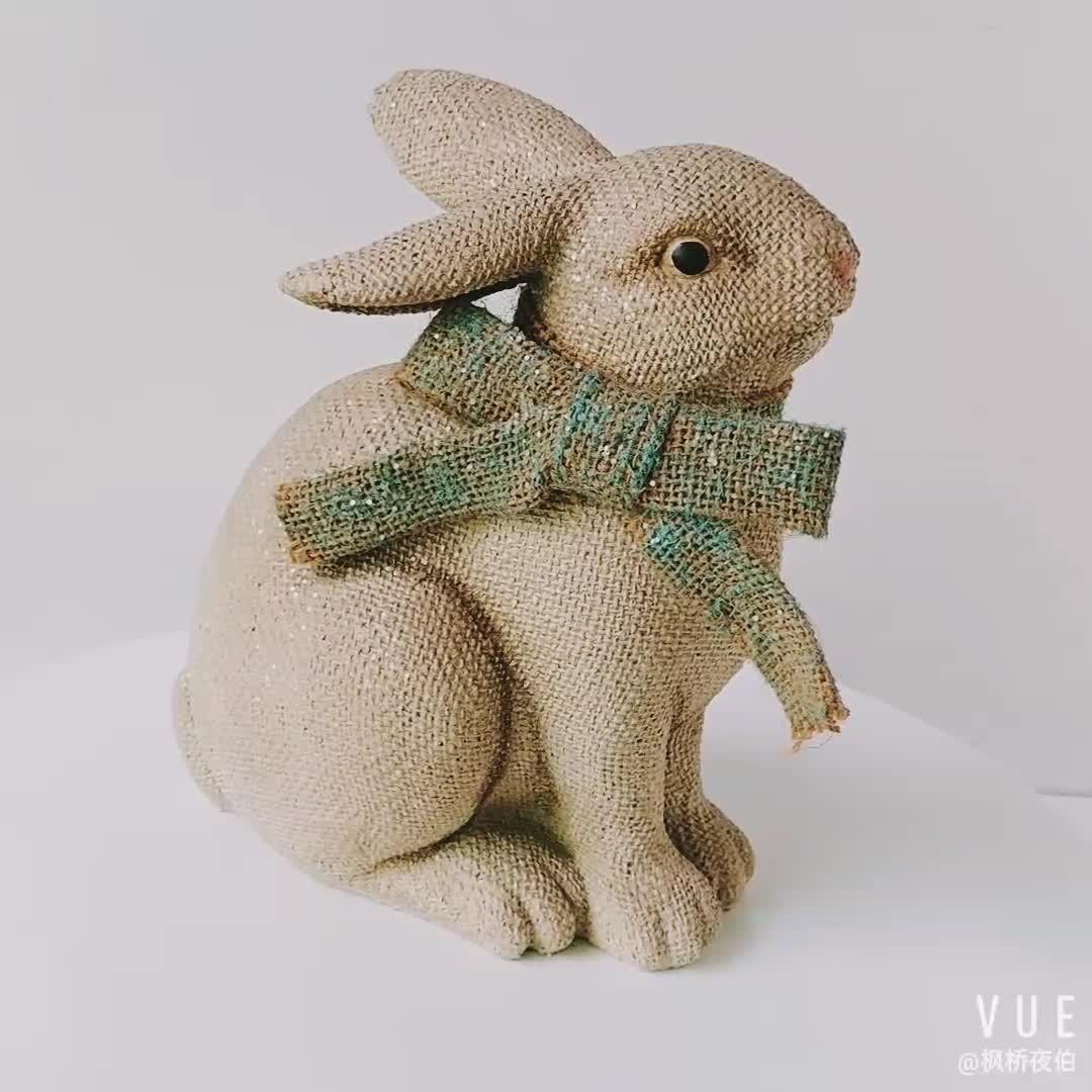 אביב קישוט Polyresin פשתן יושב ארנב פסל שרף פסלון ארנב בית תפאורה
