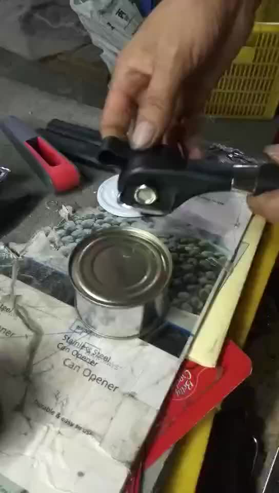 Stainless steel smooth edge can opener safe opener