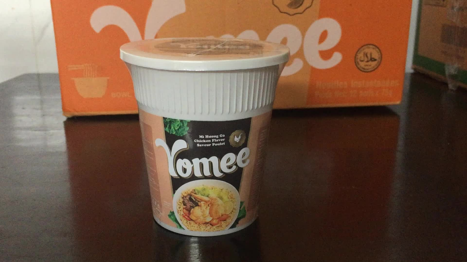 Yomee Instant Noodles Chicken Flavor Cup 65g - Yomee Noodles
