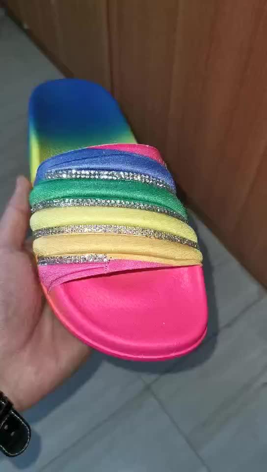 Commercio all'ingrosso di modo piatto delle donne al neon sandali, ultima estate di strass di lusso di bling del diamante del progettista delle signore sandali piatti