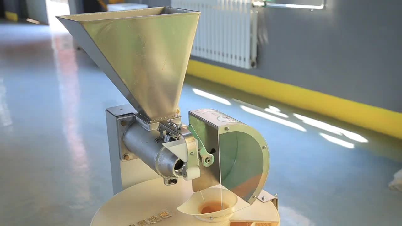 Commercial MP30II Dough Cutting Machinery Yinying Dough Divider with Rounder