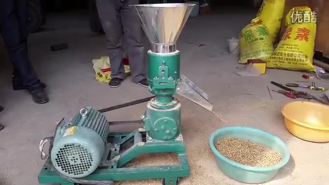 Driven off by shaft capacity 100kg/h 3kw poultry cattle feed pellet makers mill machine
