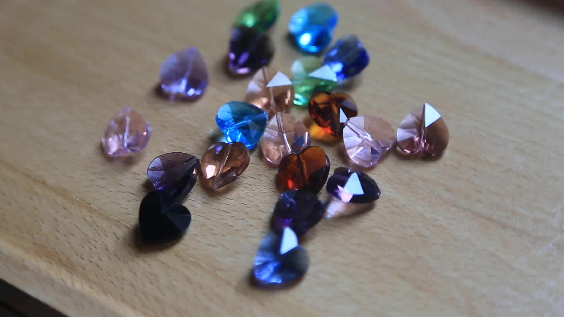 Hot Sell Straight Hole 14mm Crystal Heart Shape Crystal Charms Pendant for Bracelet Rings Decorative Making