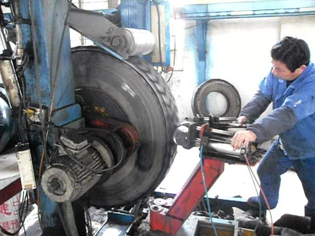 Manufacturer supply rubber machine / tire retreading plant for used tires