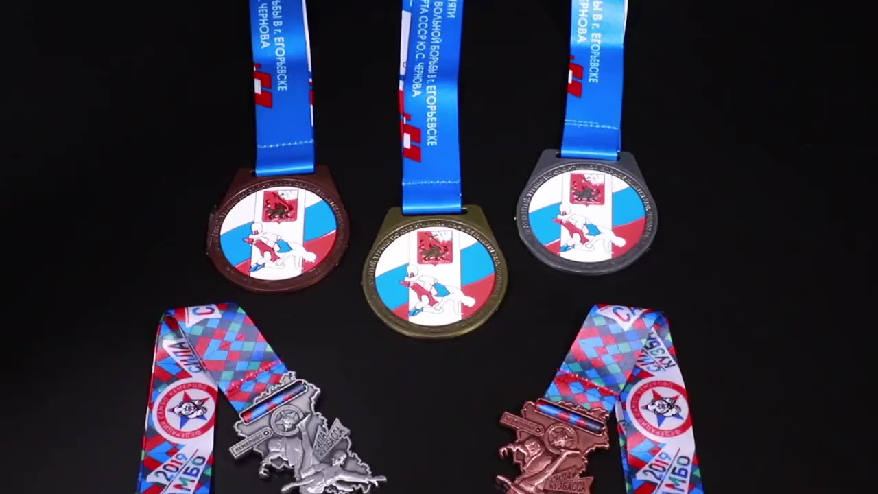 Custom Cheap Finisher ODM OEM Mould Sport Club Metal Matt Gold Taekwondo Awards Medals And Neck Ribbon Wholesale