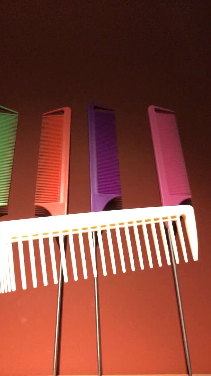 Private label custom logo pink salon styling carbon precision barber rat tail parting comb for women