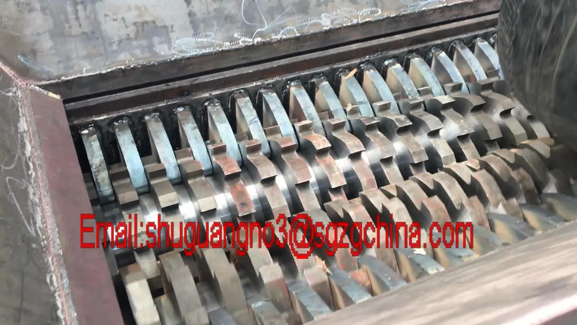 Kundenspezifische Größe Shredder / Reifen-Zerkleinerungsmaschine / Reifen-Brecher