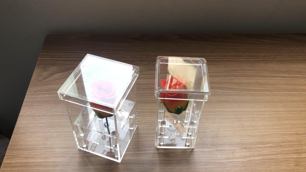 Guangzhou fabrika özel küçük akrilik kutu için gül çiçek hediye