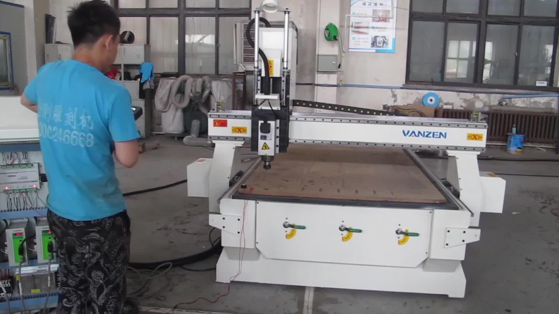 Woodworking पानी ठंडा हवा धुरी सीएनसी रूटर मशीन