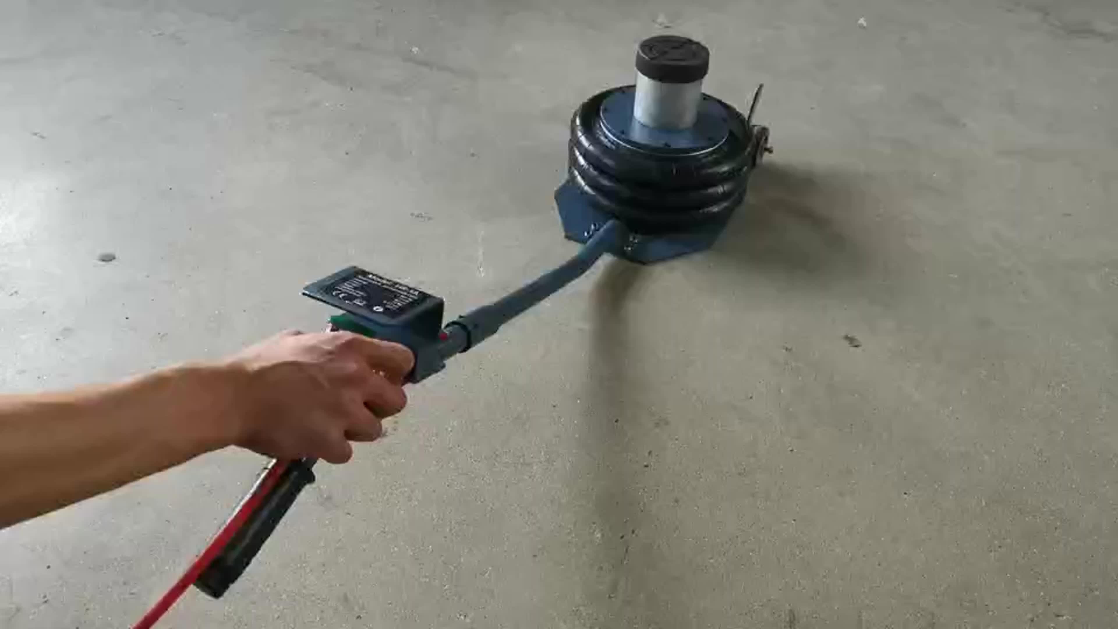 Для того, чтобы использовать 3 тонны низкий профиль Гидравлический Напольный домкрат для подъема автомобиля