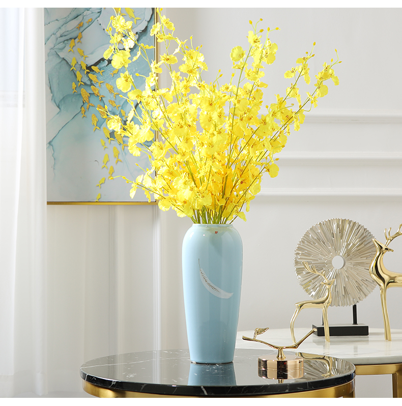 Ceramic vases, table light plugged into dry flower, TV ark, key-2 luxury furnishing articles, the sitting room porch hotel contracted household soft adornment