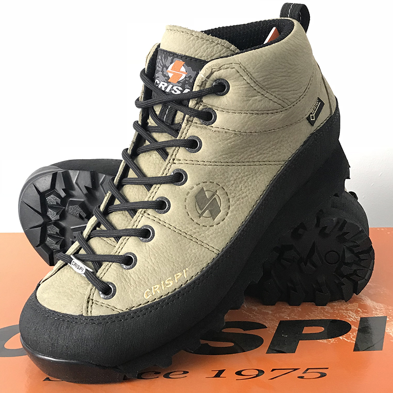 5eb6bbea9c9 Italy CRISPI Monaco shoes GTX men and women hiking shoes outdoor waterproof  non-slip to help hiking shoes