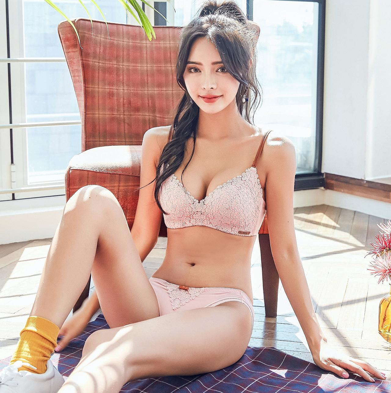 【 дизайнер модель 】 девушка нижнее белье кольцо тонкая модель японский вышивка точно с треугольник чашка собирать бюстгальтеры