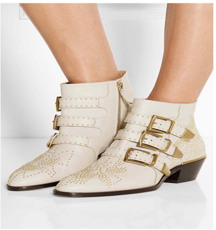 粗跟女靴2020新欧洲站韩版中跟尖头粗跟短靴女马丁靴短筒女鞋秋冬