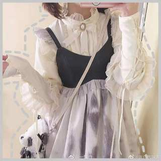 Leg of lamb sleeves original lolita basic shirt women retro lace shirt inside and outside wear