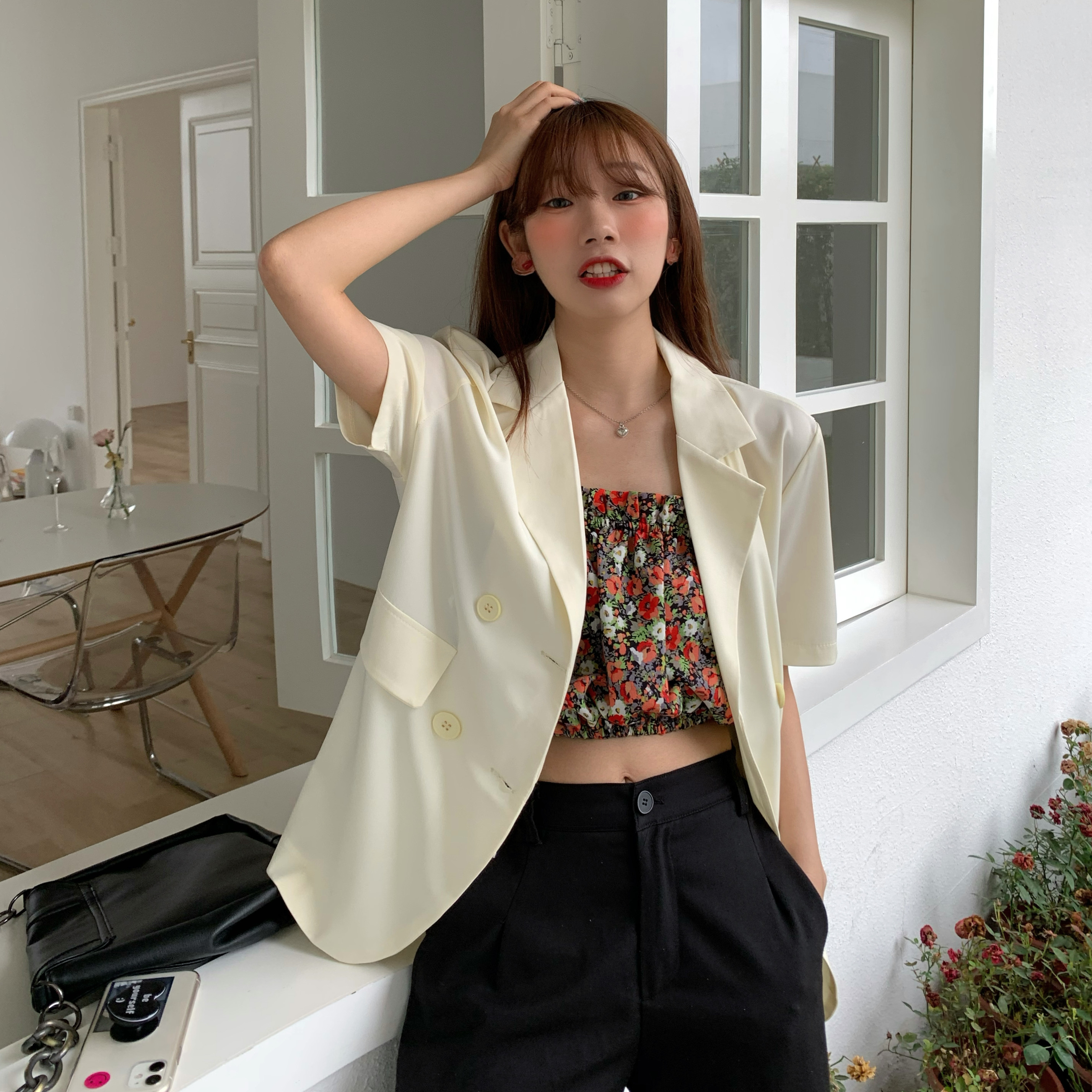 Summer 2020 Korean version of chic new candy color wild multi-color thin section loose and thin short-sleeved suit jacket female