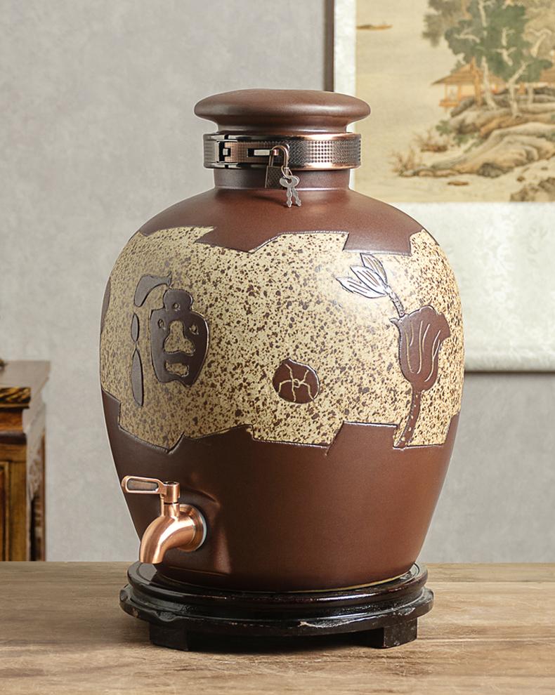 Jingdezhen ceramic mercifully wine jars home 10 jins 20 jins 50 put it wine jar sealing liquor bottles with tap