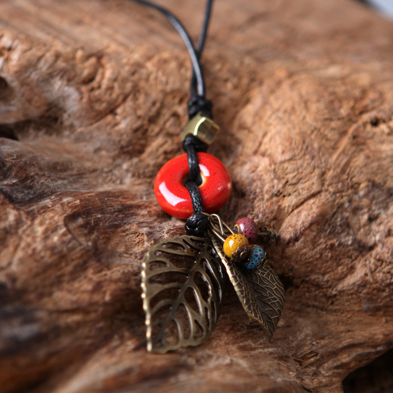 The Original checking ceramic QingGe sweater chain long leaves jewelry necklace restoring ancient ways female joker street source of literature and art
