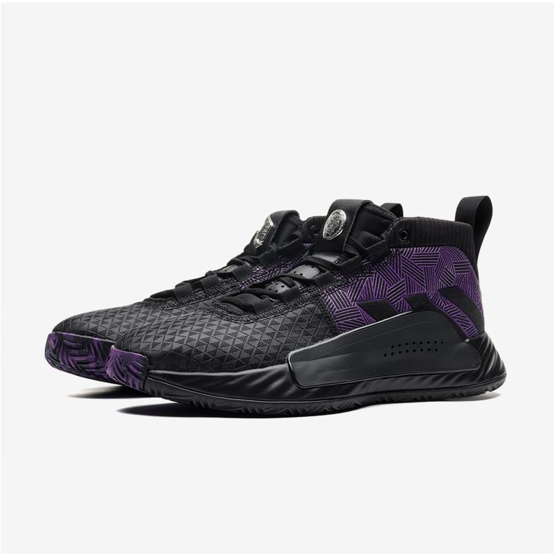 利拉德男子篮球鞋