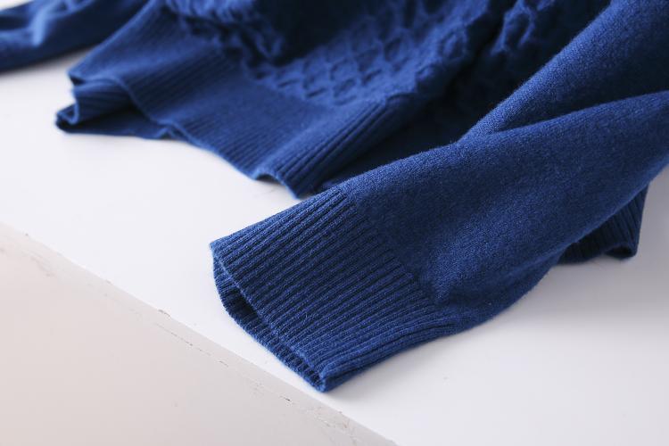 Thin sweater autumn chicken heart collar sweater new 2020 burst men's cut inside the men's bottom shirt V-neck top 57 Online shopping Bangladesh