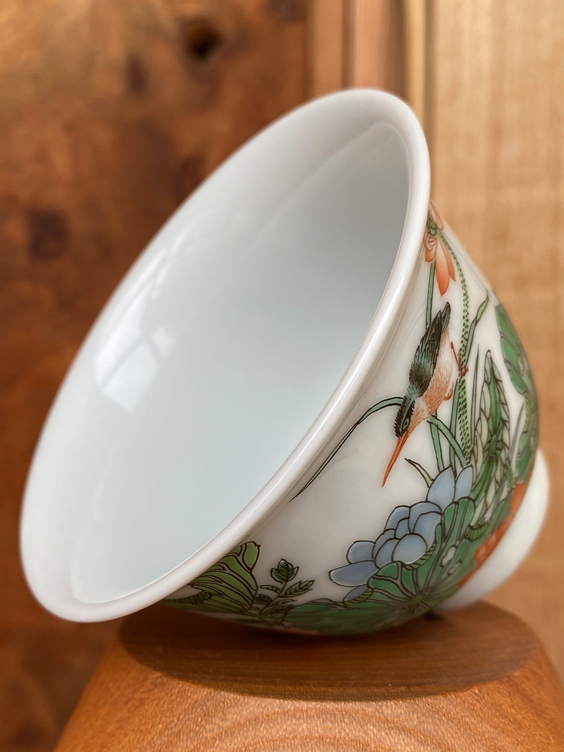 Jingdezhen spring auspicious jade Zou Jun up and ancient color lotus flower admiralty cup eight new system