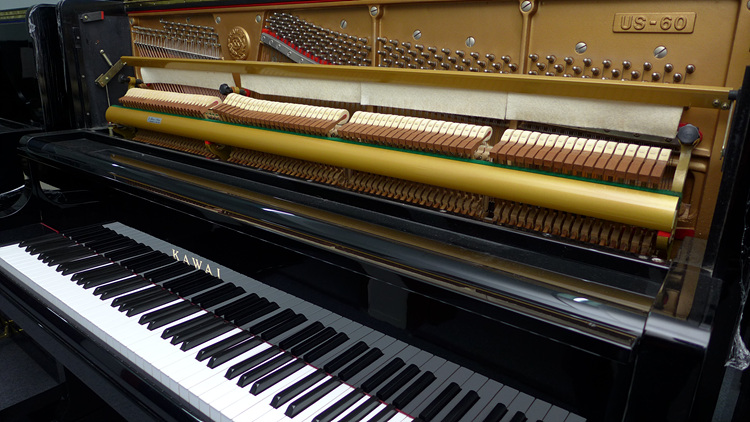 kawai 卡瓦依US-60 大谱架 仿三角钢琴设计