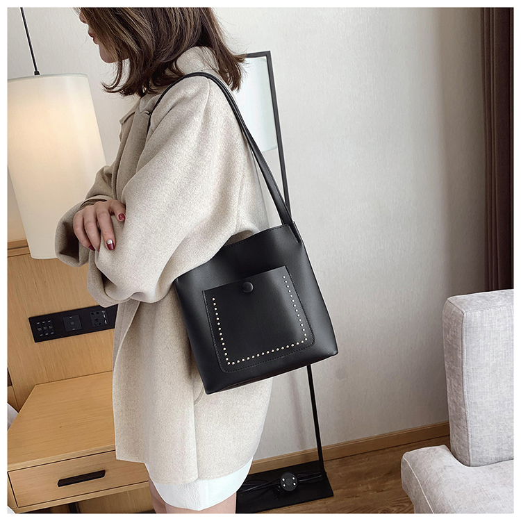 Female bag new child fashion rivet bucket bag chic large capacity shoulder oblique bag NHXC177344