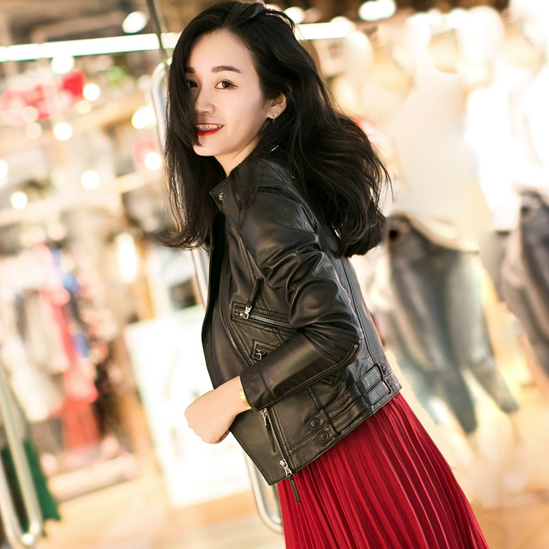 Кожаная куртка 2017 новый стиль кожа кожа женщин короткий параграф Локомотив овец кожи корейской версии тонкий был тонкий пальто куртка весна прилив