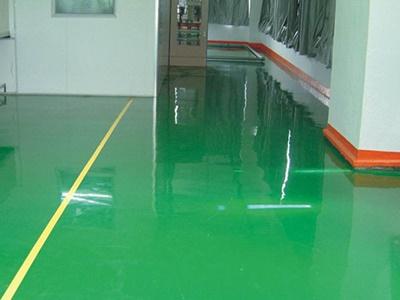 地板漆怎么突然起水泡了