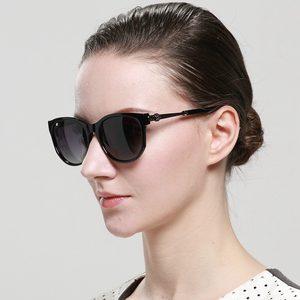 新款偏光太阳镜女士时尚开车防紫外线驾驶镜小脸显瘦韩版潮墨镜女