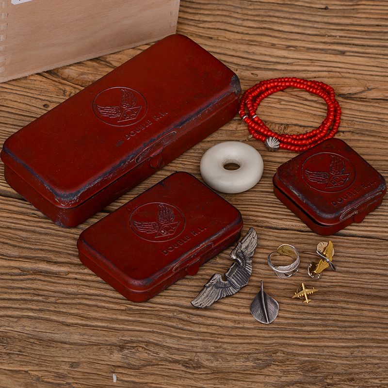 Usd 2956 american rrl vintage business card case handmade old american rrl vintage business card case handmade old metal eyeglass case leather lined jewelry box card colourmoves