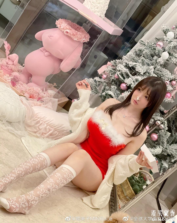 [微博福利]糯美子mini福利圣诞写真照5