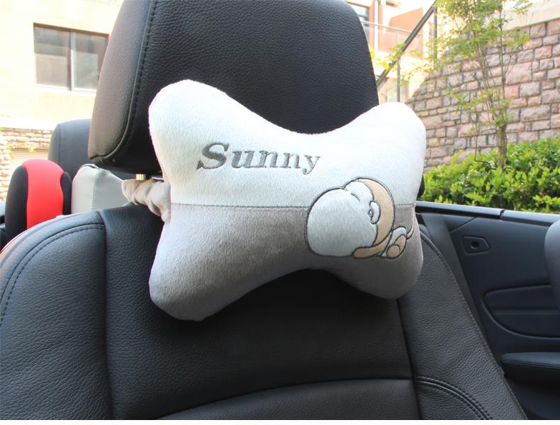 汽车抱枕 汽车腰靠 车内靠枕车用抱枕可爱四季护腰靠垫车枕头一对图片