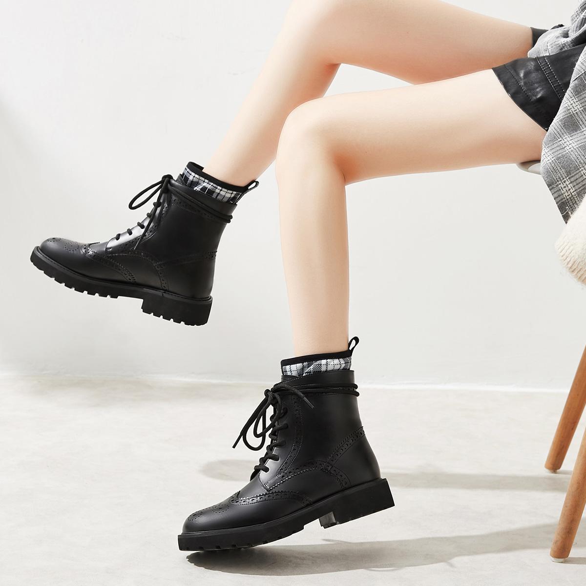 新款女鞋马丁靴女英伦风新款百搭秋冬加绒系带显脚小的真皮小短靴