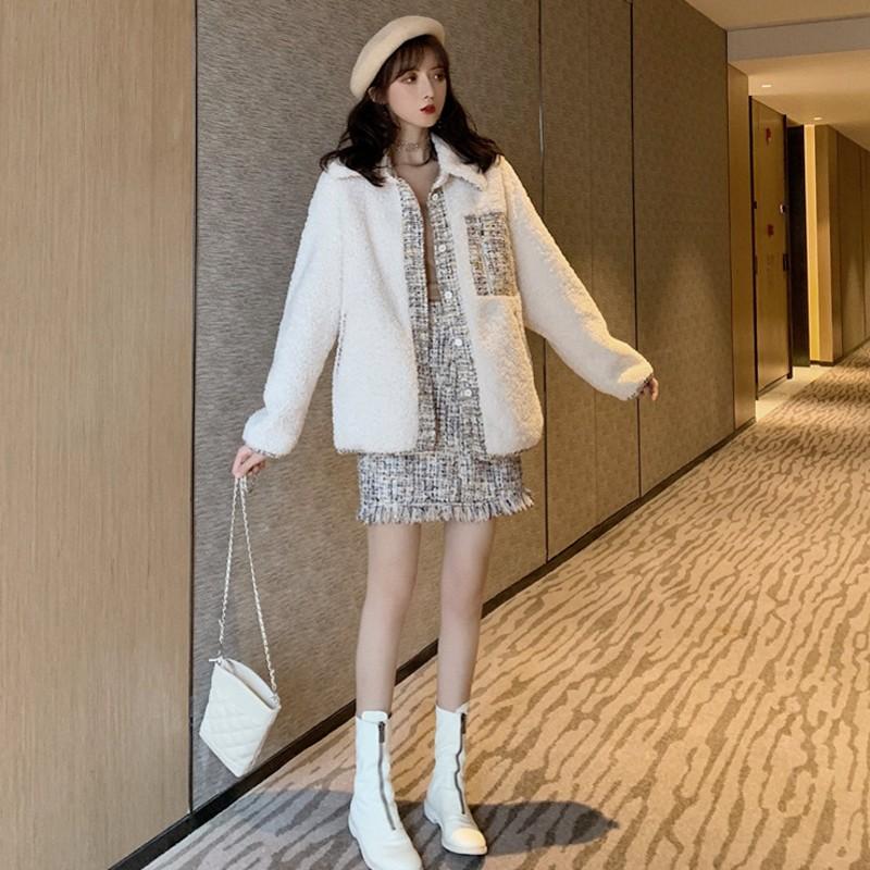 冬季新款复古背带半身裙加厚羊羔毛宽松外套小香风时尚两件套装女