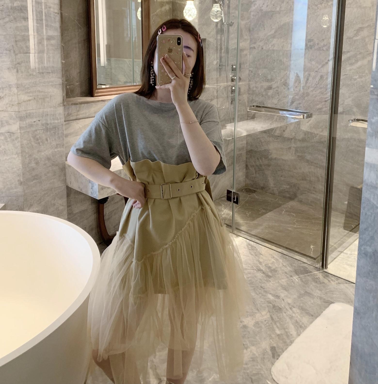 TATAMI韩国东大门代购2019夏 假两件T恤拼接纱质裙摆系腰带连衣裙