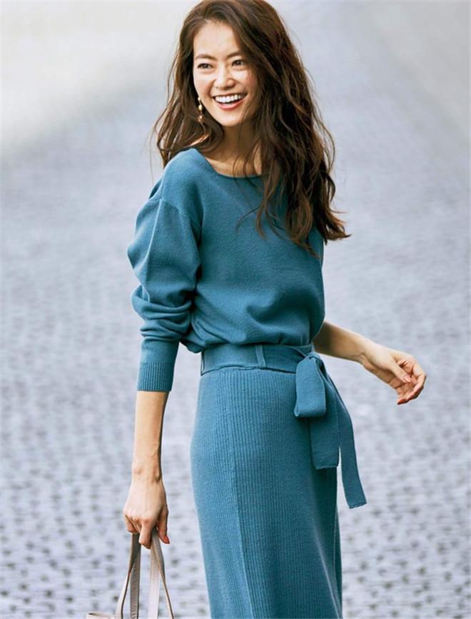 日本直邮19女装毛衣代购套头针织衫件套针织包臀裙秋冬裙两半身装