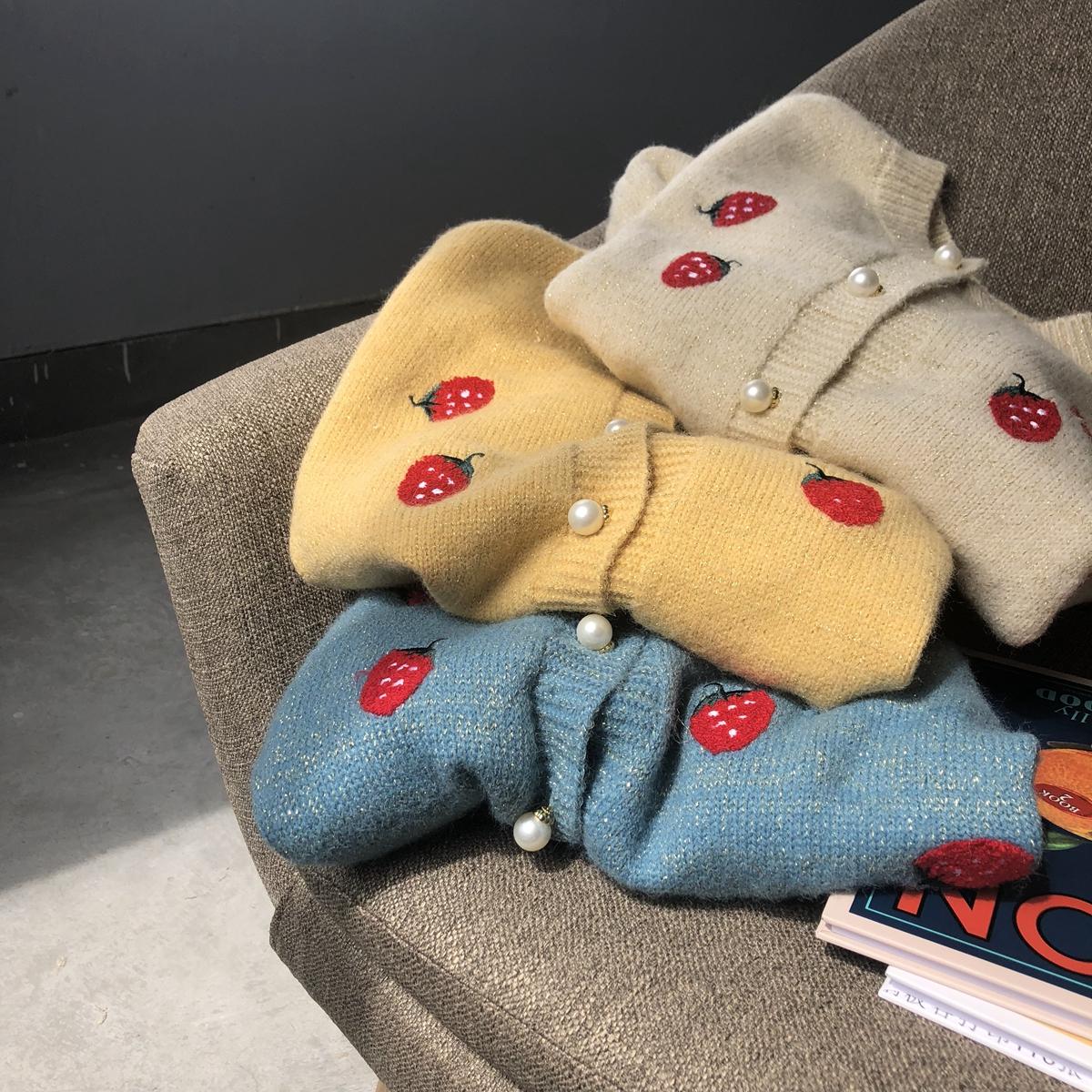 草莓刺绣の珍珠扣亮丝慵懒大毛衣外套女2019秋款韩版针织开衫外套