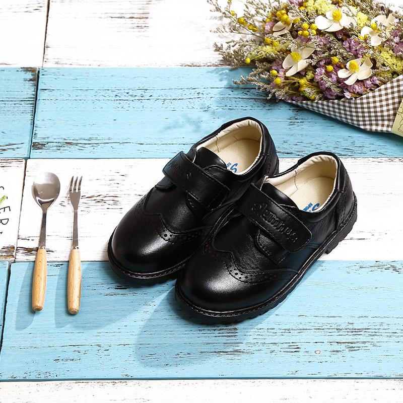 Детская кожаная обувь Мальчиков туфли кожаные черные мелкие кожаные ботинки Англия весенний и осенний пункта 2018 исполнительского обувь новая обувь детская Повседневная производительность