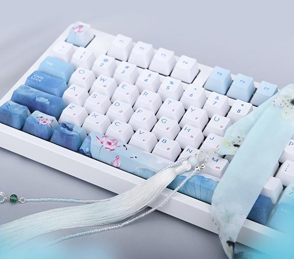 便携键盘,手感舒适易清理10