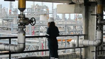 布伦特-WTI价格差对美国原油出口和下游生产的影响