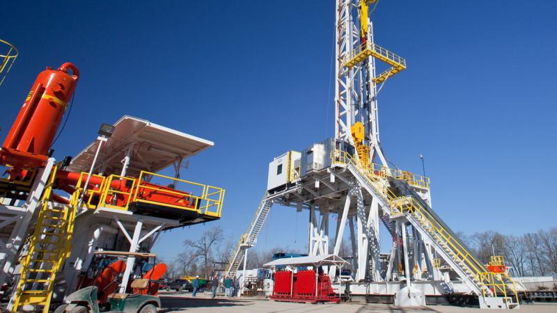 美国即将失去世界最大产油国的地位,而且没有办法扭转局面