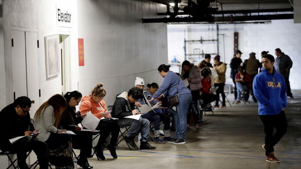 美国3月底的一周失业人数超过660万人,大大超出最悲观预期!