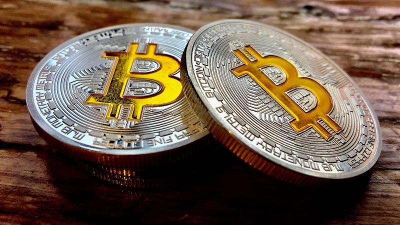 史上最大的泡沫越吹越大,比特币升穿5万美元再创新高