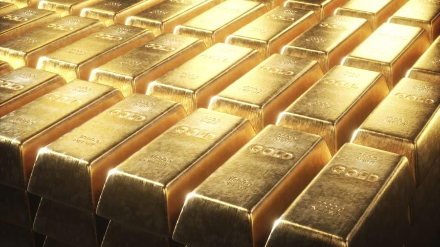 疫情和中美关系恶化,美指疲软,近期股市可能暴跌等利多黄金的因素进一步得到强化,金价暴涨超2%创新高!